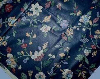 "Vintage 80s Quilt Print Polished Cotton Fabric 54 3/4"" x 72"""