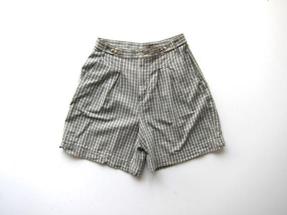"Plaid Cotton Shorts Preppy High Waist Shorts White Green Pleated Summer Mom Shorts 90s Pocket Shorts Womens Medium 28"" Waist"