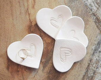PARTY FAVORS HEART Set of 3 wedding party favor gifts ceramic heart ring dish bridesmaid gift Custom color clay heart tray bridal shower