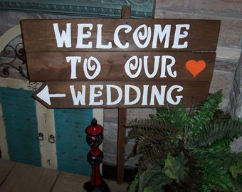 rustic wedding signs / lg wood sign / WELCOME TO OUR Wedding / wedding decorations  / mr and mrs signage / reception sign / ceremony sign