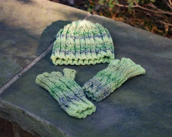 Hand Knit Hat and Mitt Set