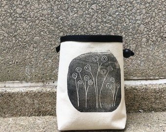 chalk bag, rock climbing chalkbag, chalkbags, linoprint, chalkbag, handcarved, blockprint, rock climbing, chalk bag, 1-3 day order