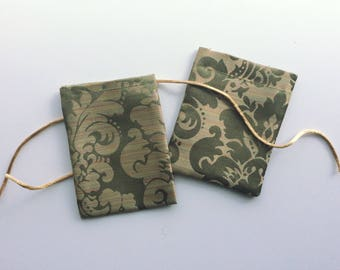 Gold Damask Mini Gift Bags (2-Pack)