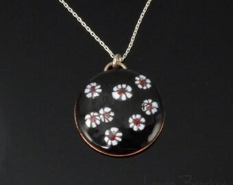 Enemeled White Daisy Flowers on Domed Pendant, Daisies, Handmad, Fired Enamel