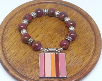 Burgundy Wine Agate Beads with Square Enameled Pendant Stretch Bracelet