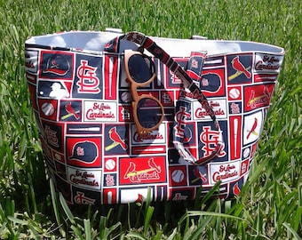 St. Louis Cardinals Tote with 5 Interior Pockets