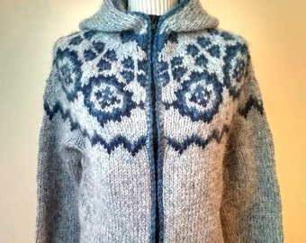 Lopapeysa with a hood + zipper - Iceland original sweaters hand-knitted