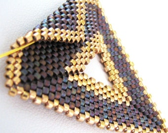 Purple with Gold Peyote Triangle Pendant and Choker (2270) - A Sand Fibers Made-to-Order Creation