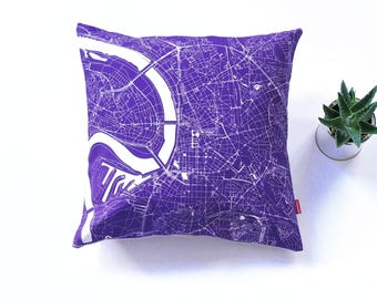 DUSSELDORF Map, Throw pillow for your home decor,  Map of DUSSELDORF Cushion Cover, Custom Wedding Pillow Cover, anniversary gift