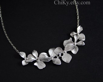 Wedding jewelry sets of Orchid Flower, Bridal jewelry, bridesmaid gifts, You can make your choice of Silver or Gold, Necklace or Earrings