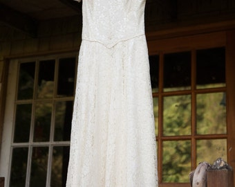 COUPON SALE 50% off at checkout-Dainty Beauty-Vintage 1940s IvoryTea Length Lace wedding dress with Illusion neckline