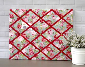 Floral memo board, flowers notice board, small home organiser, memory board,  classic floral print, 40 x 50 cm, handmade