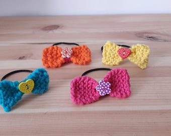 Set of 4 knit bow hair ties