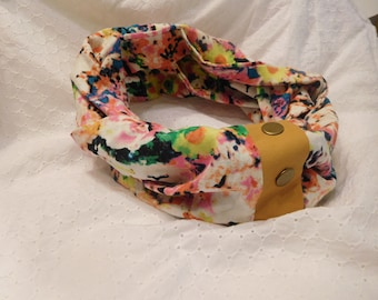 Snap Infinity Scarf