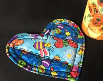 Busy Bee Quilted mug mat, Sentimental heart gift, heart mug mat, heart mug rug, Friendship gift, Housewarming gift,  Bee print heart #36