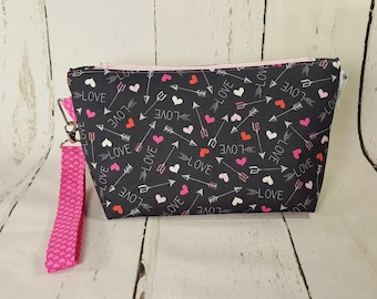 Hearts & Arrows Love Bag, Knitting Project Bag, Small Zippered Wedge Bag, Zipper Knitting Bag, Cosmetic Bag WS0022