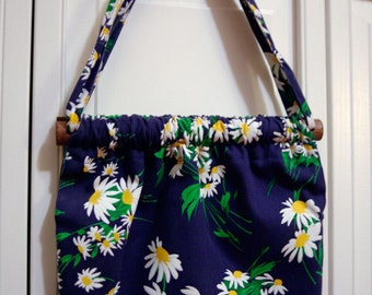 handmade vintage navy & daisy cloth purse