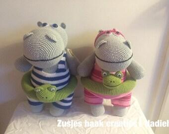 Hippos (as a couple)