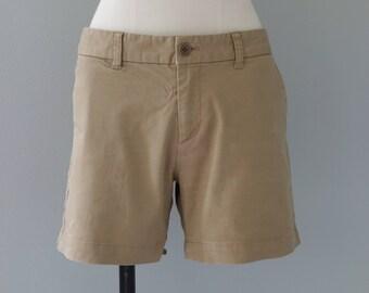 Beige shorts | cotton bermuda | 1990's by cubevintage | medium