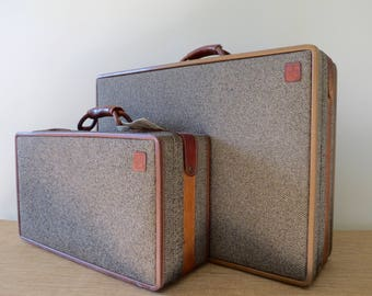 Vintage Hartmann Tweed Leather Luggage Set - Combination Lock - Pair of Suitcases - Brass Accents - Toile Interiors