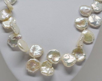 Charming Pear Necklace