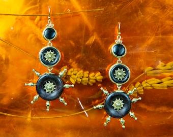 Wood Brass Earrings, Brass Earrings, Tribal Jewelry, Ethnic Earrings, Spiky Earrings, Boucles Bois Laiton Mandala