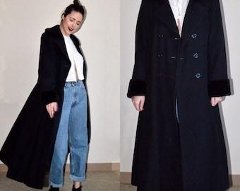 Vintage Braefair Fur Lined Black Coat (Size 10)