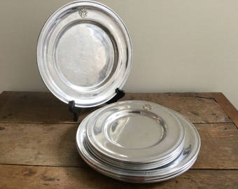 Vintage Armorial Set 8 Wilton Armetale Federal Glossy Pewter Colored Plates-4 Dinner 4 Dessert/Salad-Silverplated Armorial Heraldic Design & Metal dinner plate   Etsy