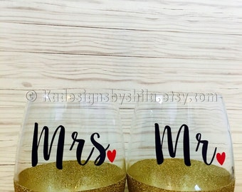 Mr. And mrs. Wine glass set, weddingwine glasses, gift for bride and groom, wedding keepsake, couples gift,  customized stemless wine glass