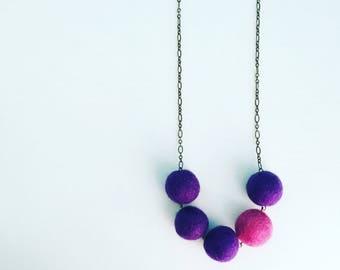 Southport Felt Necklace - Grape / Magenta