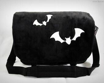 Messenger Bag - Bat application