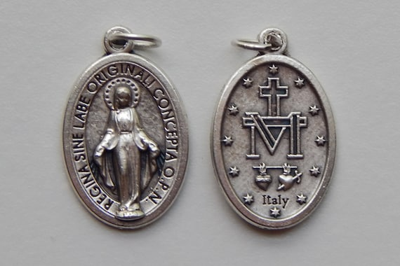 5 Patron Saint Medal Findings, Mary Immaculate, Die Cast Silverplate, Silver Color, Oxidized Metal, Made in Italy, Charm, Drop