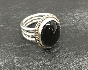 Bague Cabochon Onyx noir en argent massif Argentium.935