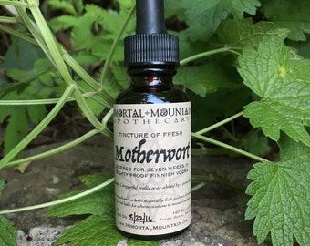 Fresh Motherwort Tincture - nourishing herbal remedy plant extract
