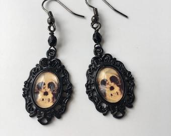 Black cameo handmade earrings skull romantic gothic