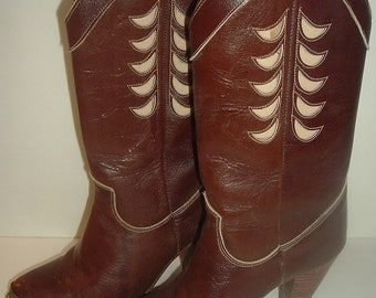Vintage Zodiac Leather Boots Sz 6M  in original box