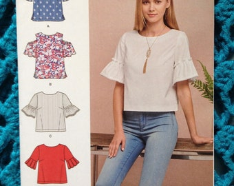 Simplicity 8602, Misses Top, Cold Shoulder, Two lengths, Sleeve Options, Cup Sizes, Shell Top, New uncut sewing pattern