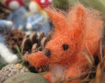 Needle felted animal, One Squirrel, Children Of the Forest, Elsa Beskow, felted squirrels (ONLY), Waldorf toy