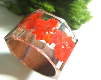 Real Floral Jewelry, Real Flower Jewelry, Red Flowers, Bangle Bracelet, Dried Flower Jewelry, Wood Bracelet, Fashion Jewelry, Floral Jewelry