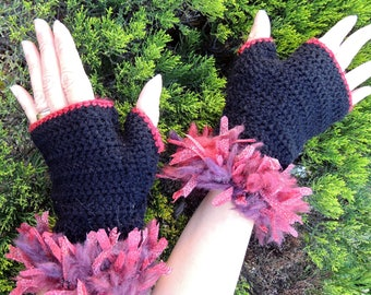 Fingerless gloves. Crochet black and red wool mittens