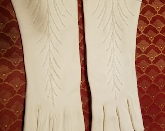 Vintage Italian White Cotton Gloves with Crystal Beading in a Art Deco Feather Design Wedding Prom Holiday Formal Evening Dress Size 6 1/2