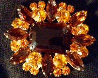 1960s glass  rhinestone pin brooch costume jewelry