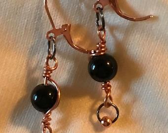 Z0004 Black Glass Bead Pierced Earrings