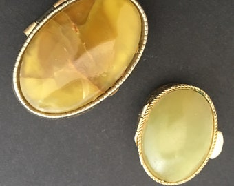 2 beautiful, vintage pill boxes, pill box with classic design