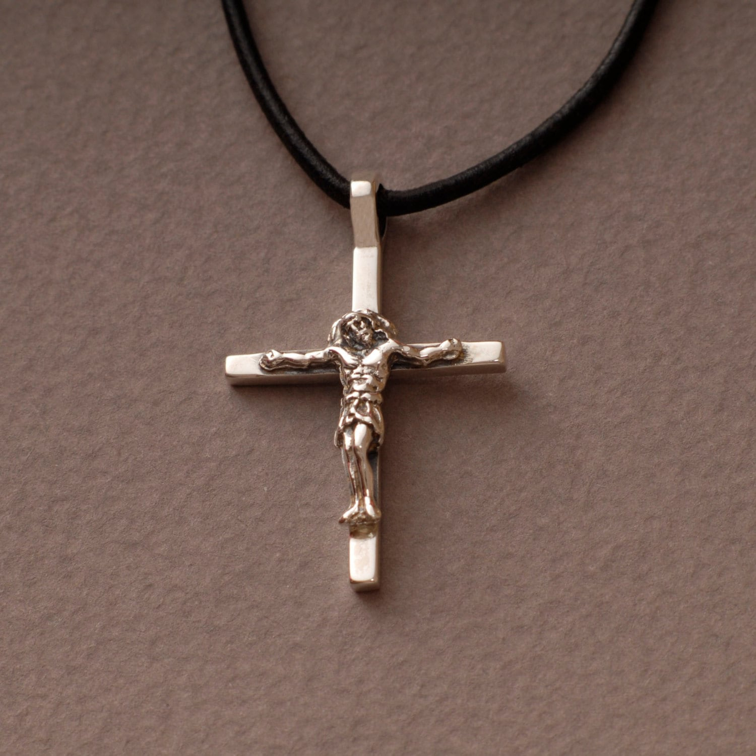 jesus crucifix cross necklace mens womens sterling silver. Black Bedroom Furniture Sets. Home Design Ideas