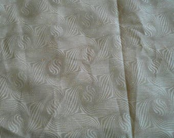 Gold Mettalic Glitter Swirl Pattern Cotton Fabric 2 Yards X1026
