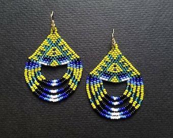 huichol earrings, beaded earrings, seed bead earrings, native American earrings, festival earrings