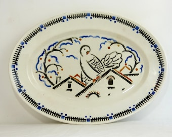 Large oval ironstone BADONVILLER Art Deco serving dish - 1920 pigeons on a roof by Geo Conde for Galeries Lafayette - French 20s vintage