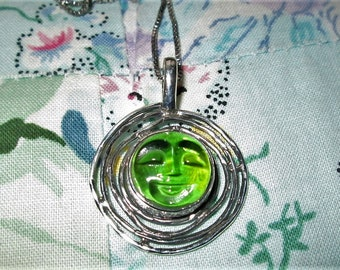NECKLACE - MOONFACE - CARVED -Peridot -  925 - Sterling Silver 18 in  - Necklace400