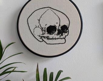 """Skull Embroidery Hoop - Black 5"""""""